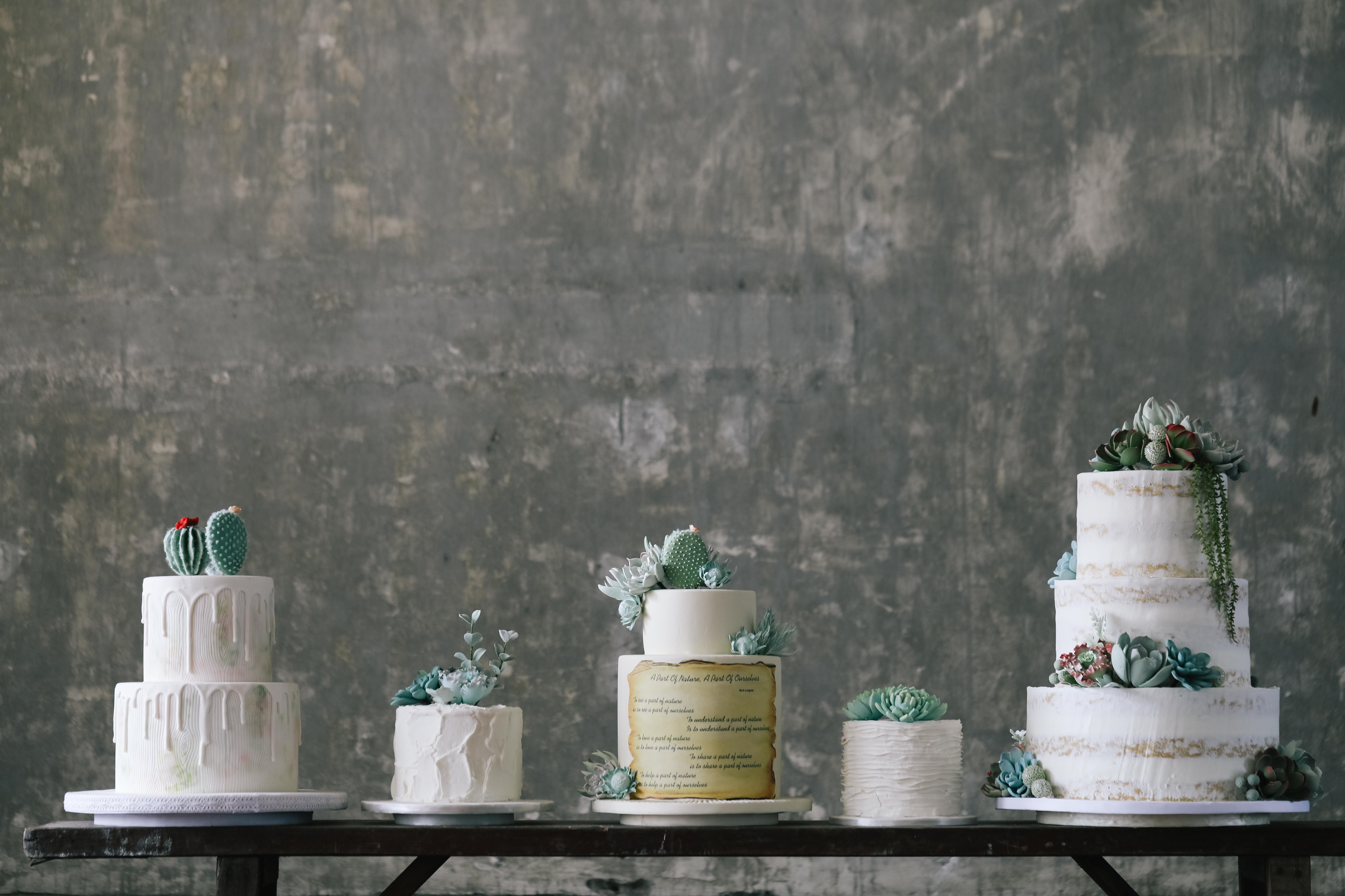 4 Wedding Cake Decoration Ideas for a Personalized Wedding Image 1