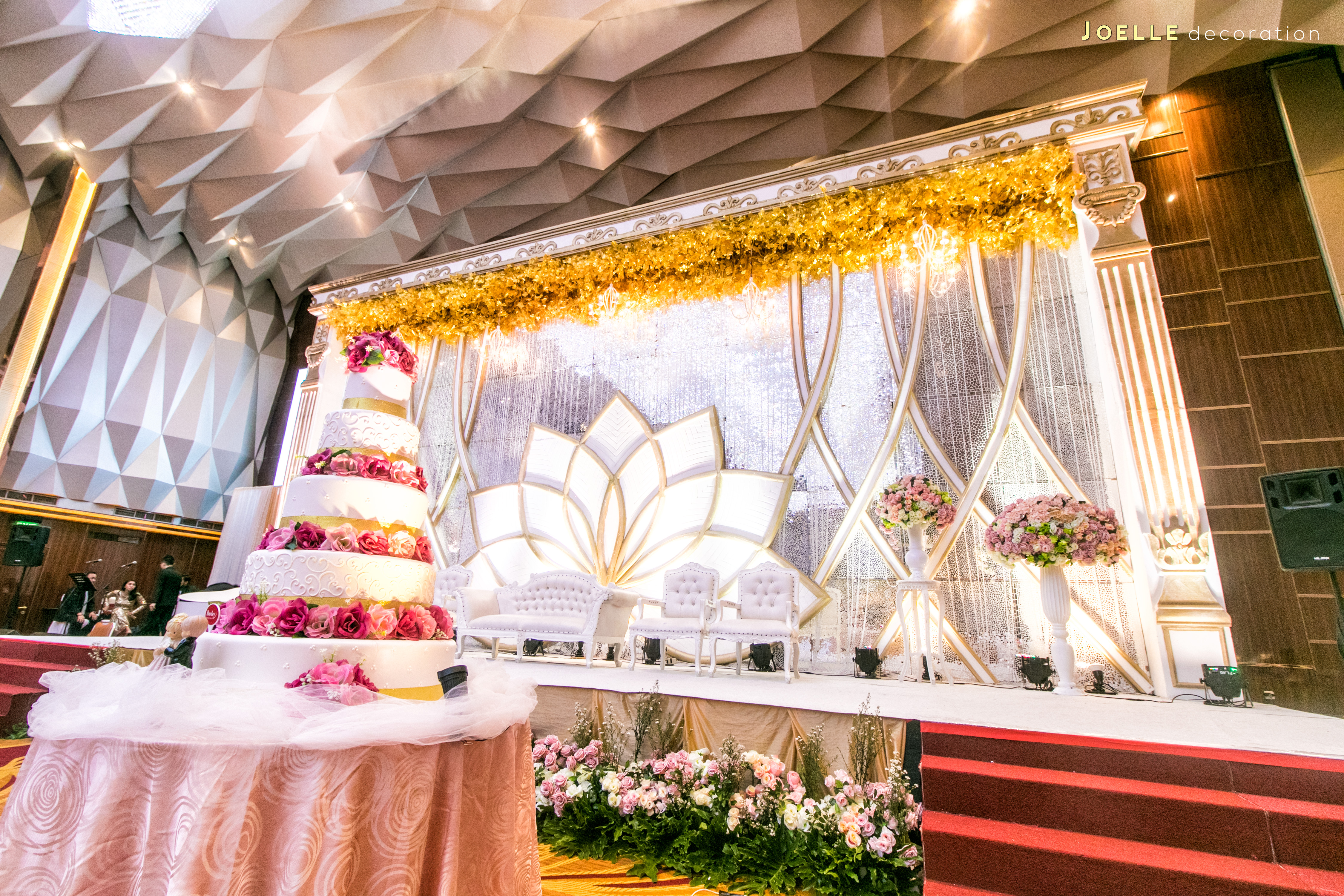 Wedding decoration tangerang all the best ideas about marriage wedding decoration terbaik di jakarta images wedding junglespirit Choice Image