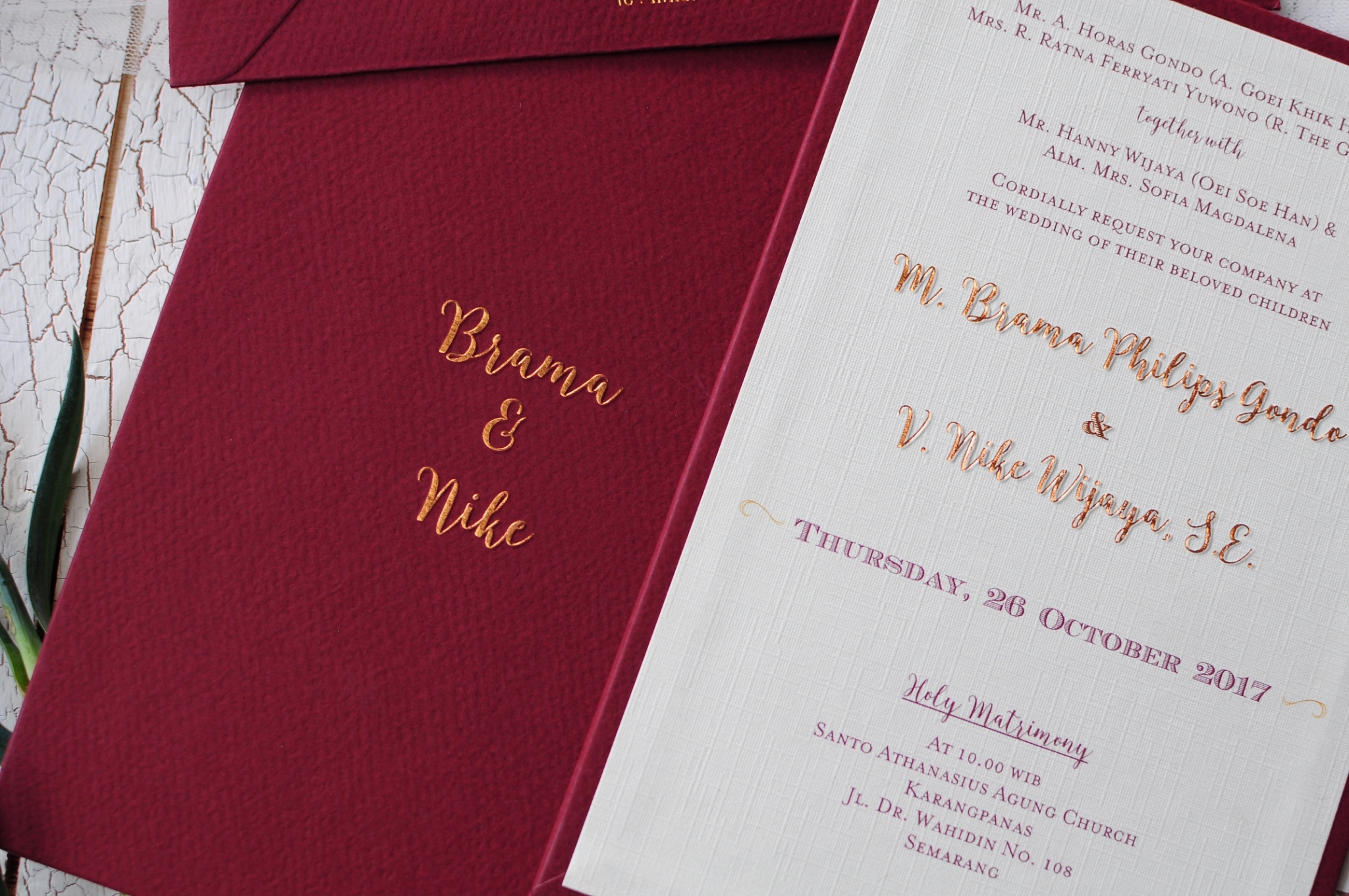 Directory of Wedding Invitations Vendors in Semarang | Bridestory.com