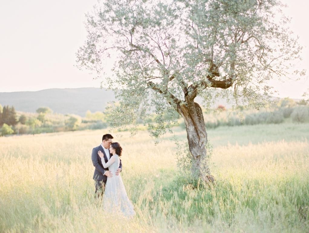 The Bridestory Blog's 12 Most Favorite Pre-Weddings of 2017 Image 3