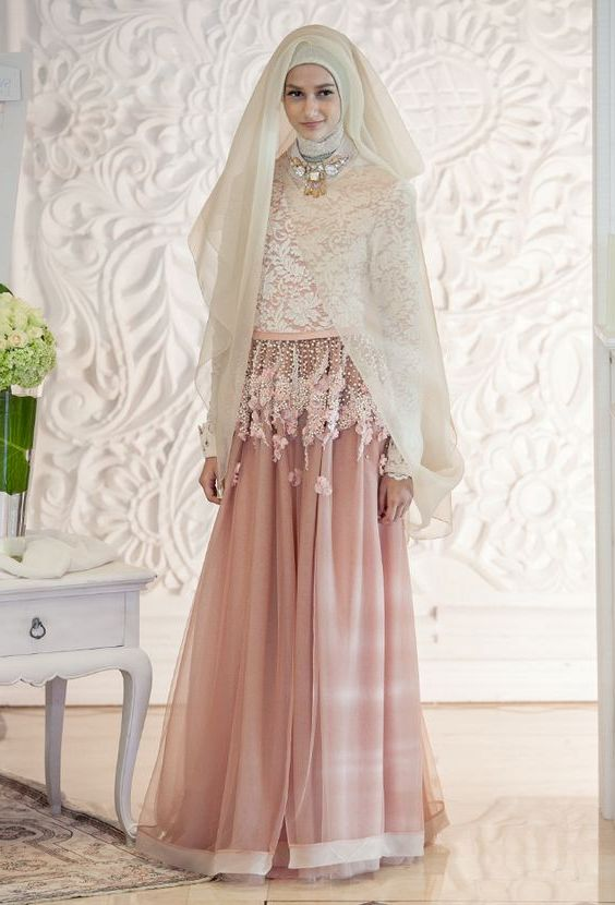 Outress Wedding Dress Attire In Jakarta Bridestorycom