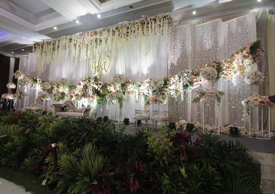 Directory Of Wedding Decoration Lighting Vendors In