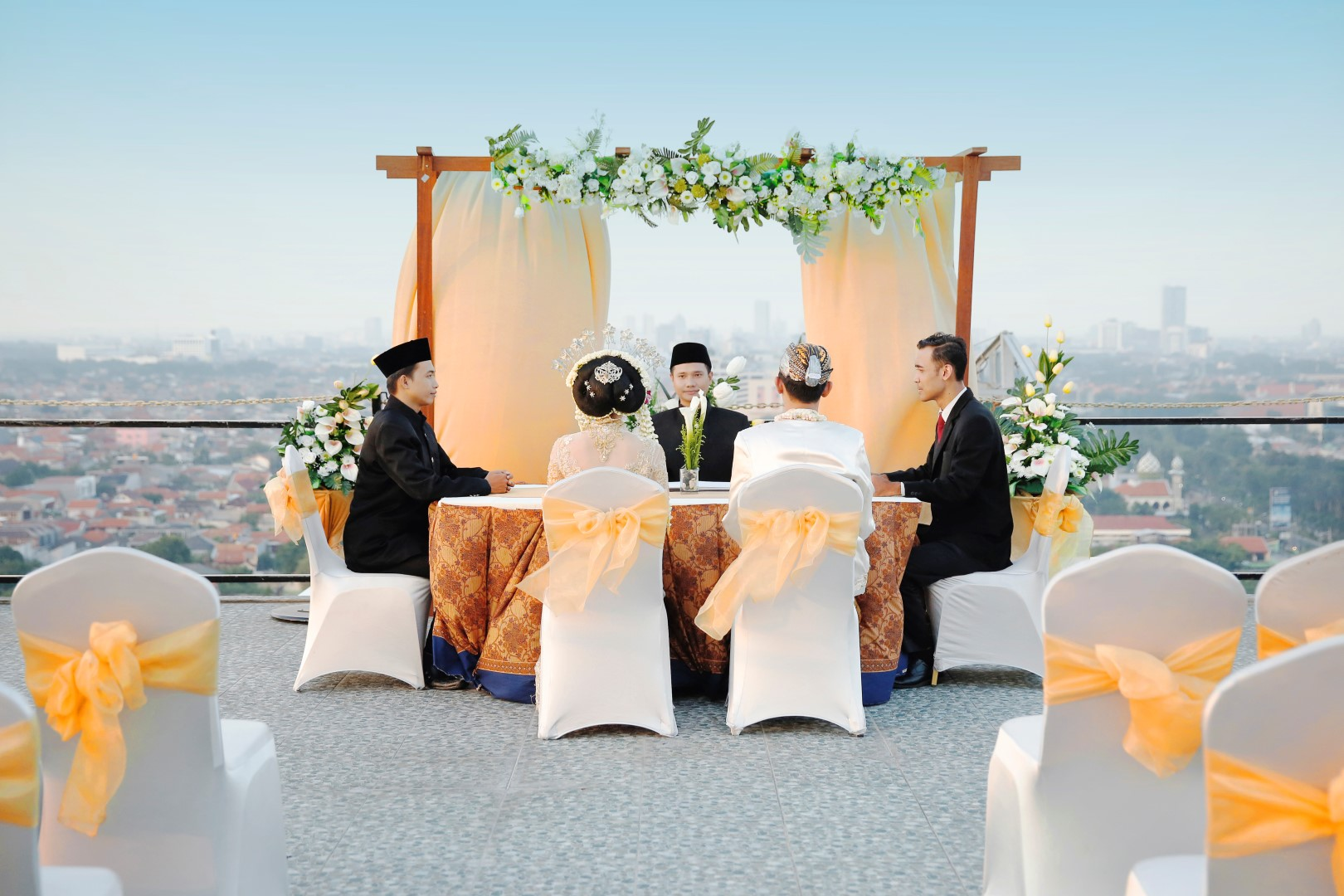 Wedding By The Alana Surabaya Hotel Bridestory Com