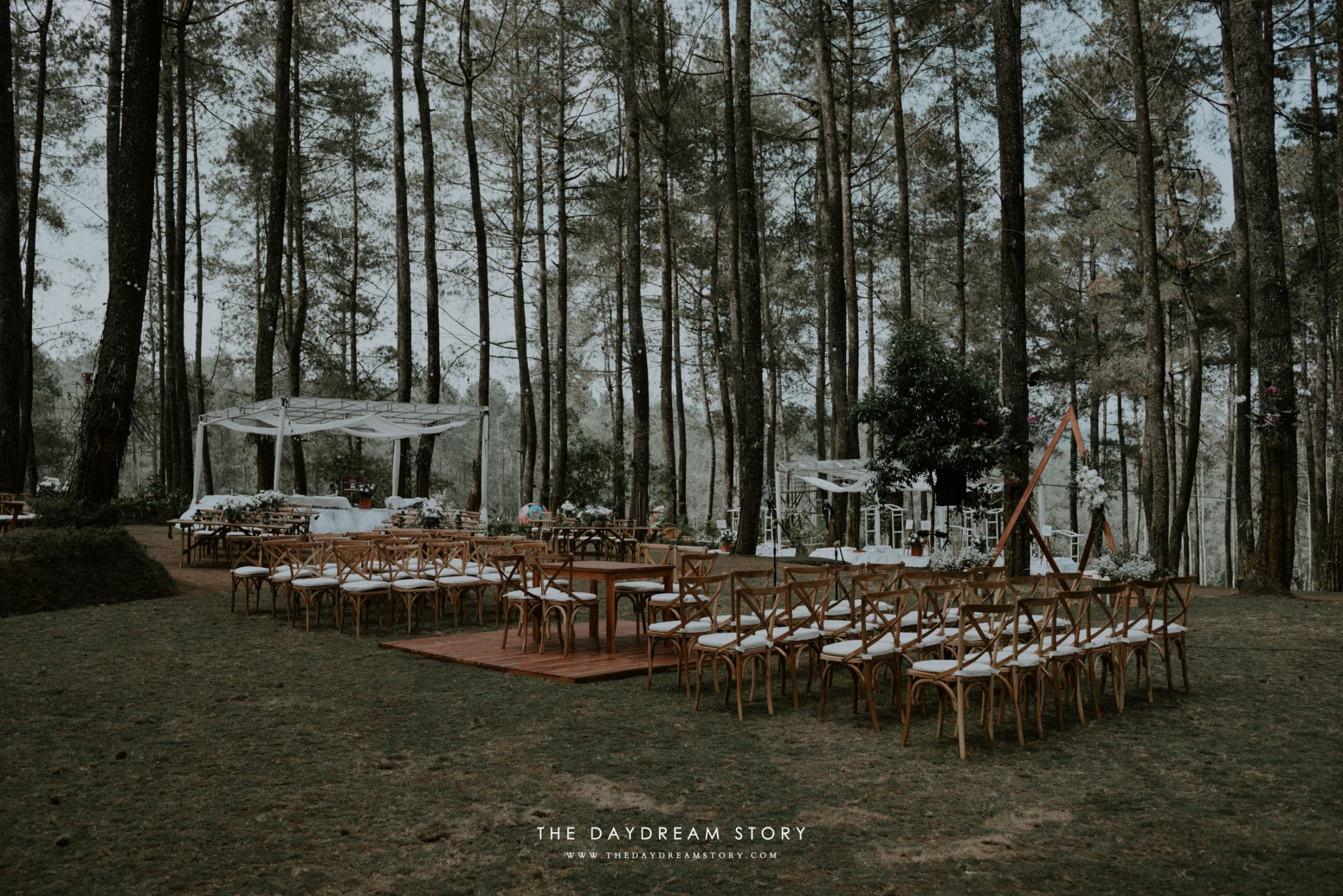 Sastri Luthfan Wedding At Orchid Forest Lembang By Josh Friends