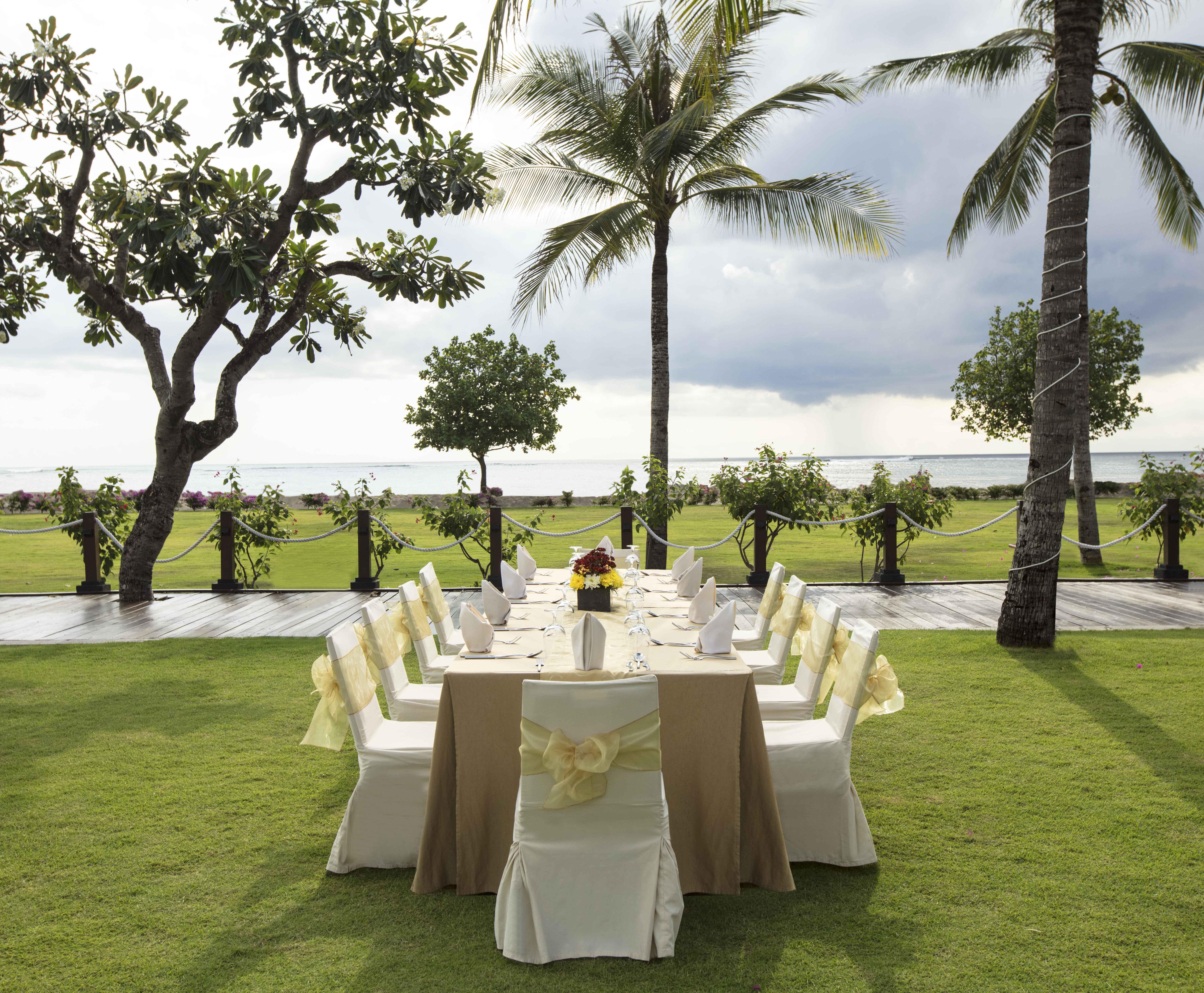 Weddings at Baruna Bali - Garden & Beach by Holiday Inn Resort ...