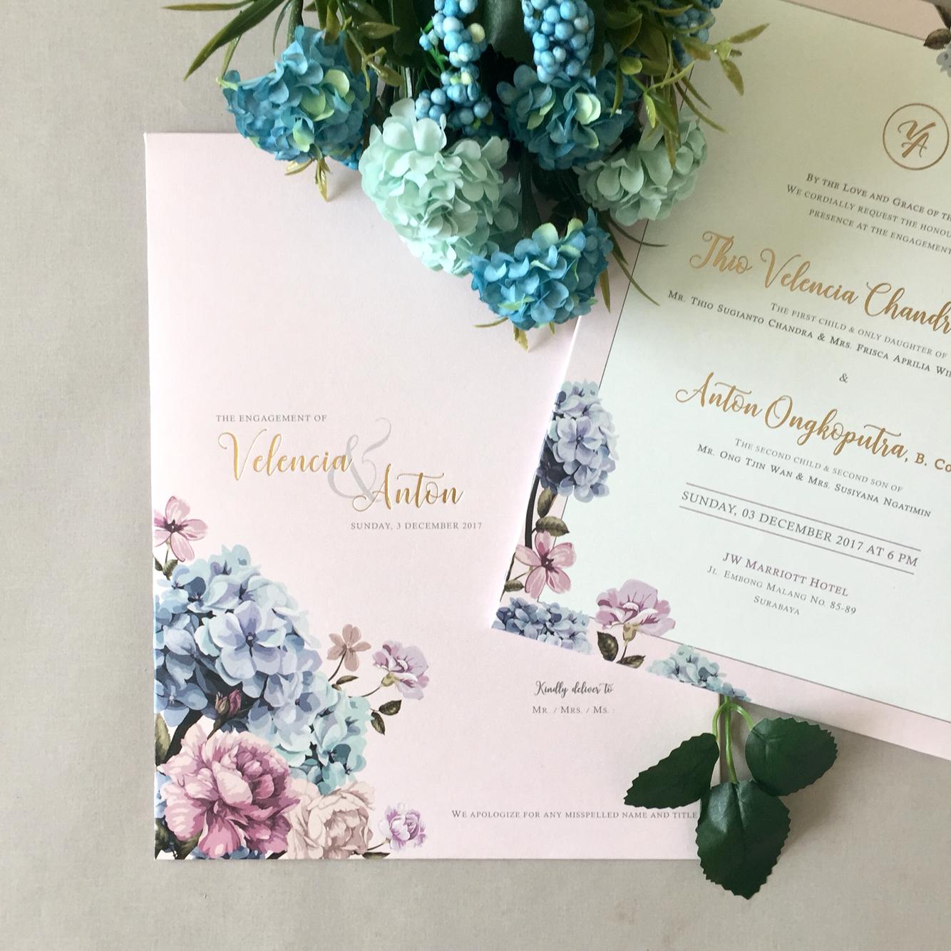 Dot line designs wedding invitations in surabaya bridestory stopboris Gallery