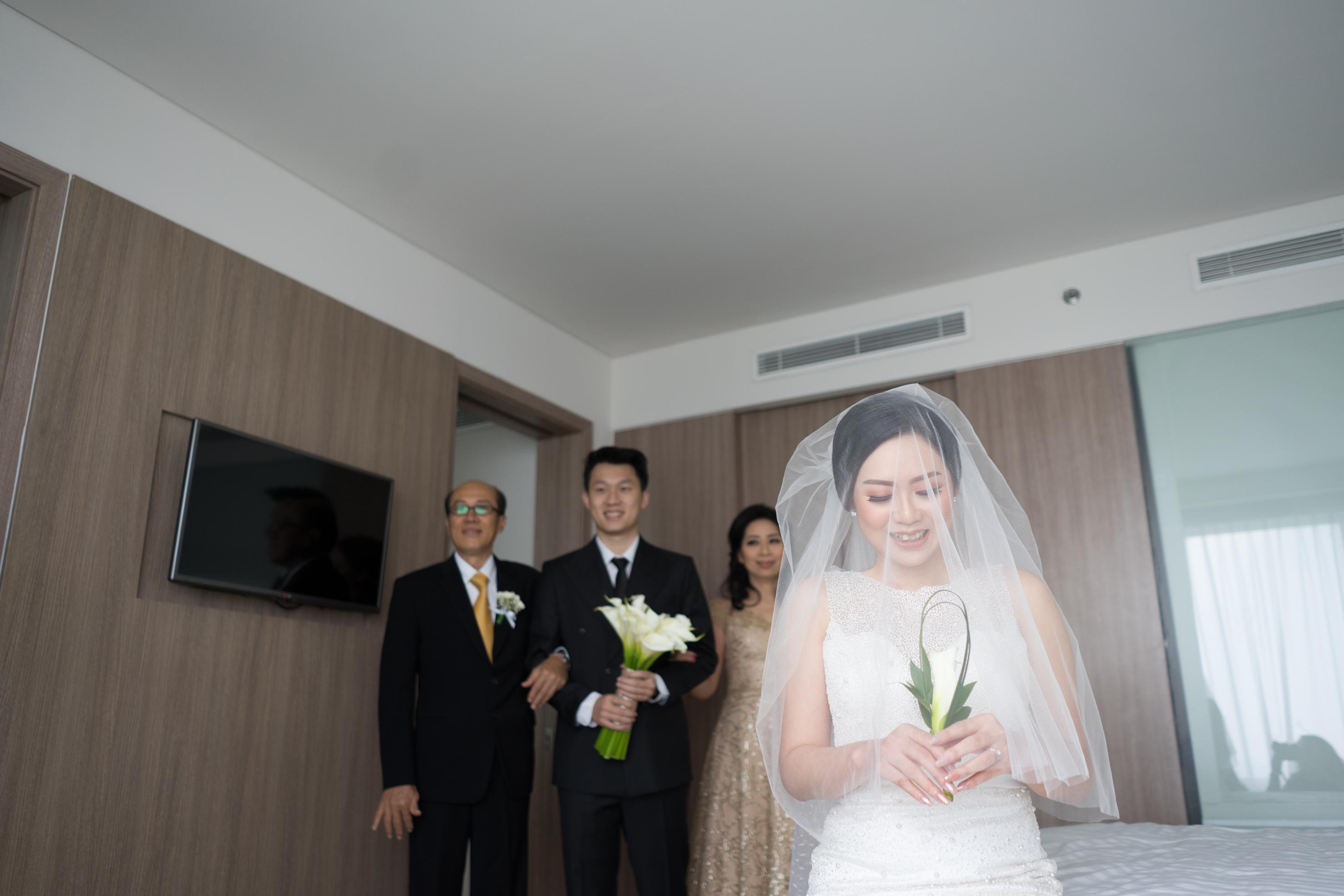 Raymond Leonie Wedding Day By Iris Photography Houseofcuff Collar Bar Lapel Pin Bros Jas Best Man Bow Tie Grey