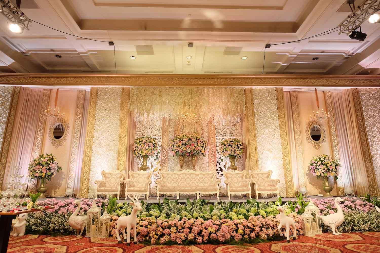 Grasida Decoration | Wedding Decoration U0026 Lighting In Jakarta |  Bridestory.com