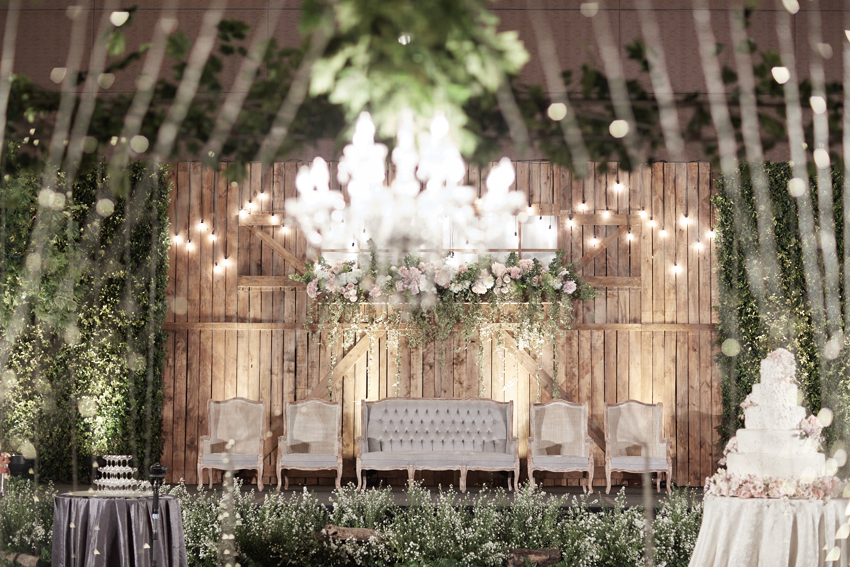 Cosa design decor wedding decoration lighting in jakarta cosa design decor wedding decoration lighting in jakarta bridestory junglespirit Images
