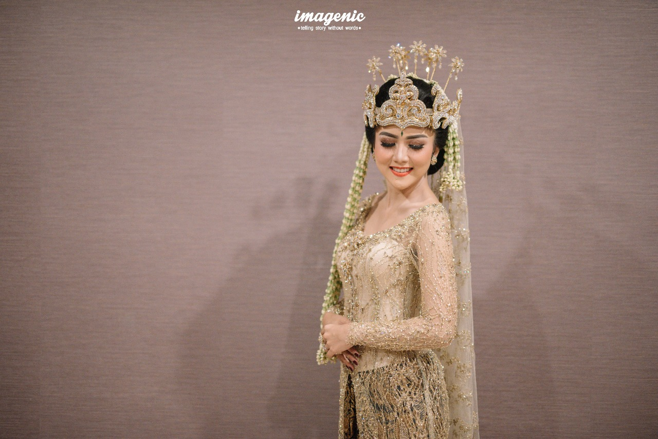 Deasy Holy Matrimony By Maha Kebaya Long Dress Zefanya