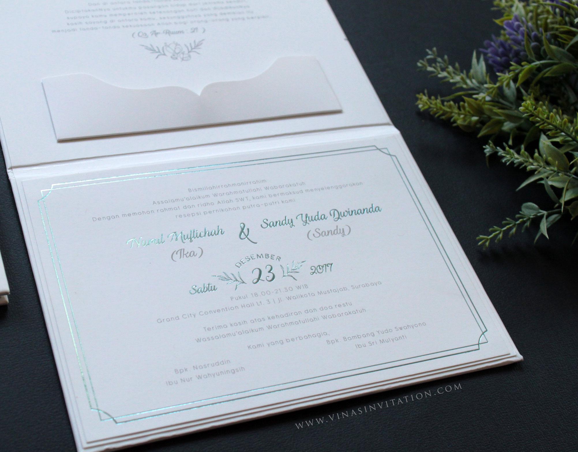 Vinas invitation wedding invitations in surabaya bridestory stopboris Gallery