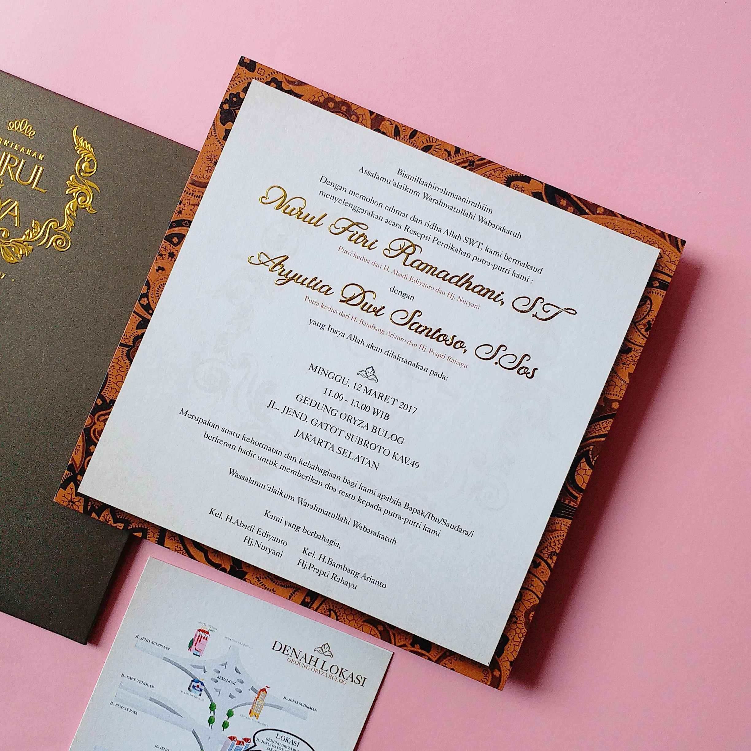 Indonesian Batik Invitation by Derzia paper | Bridestory.com