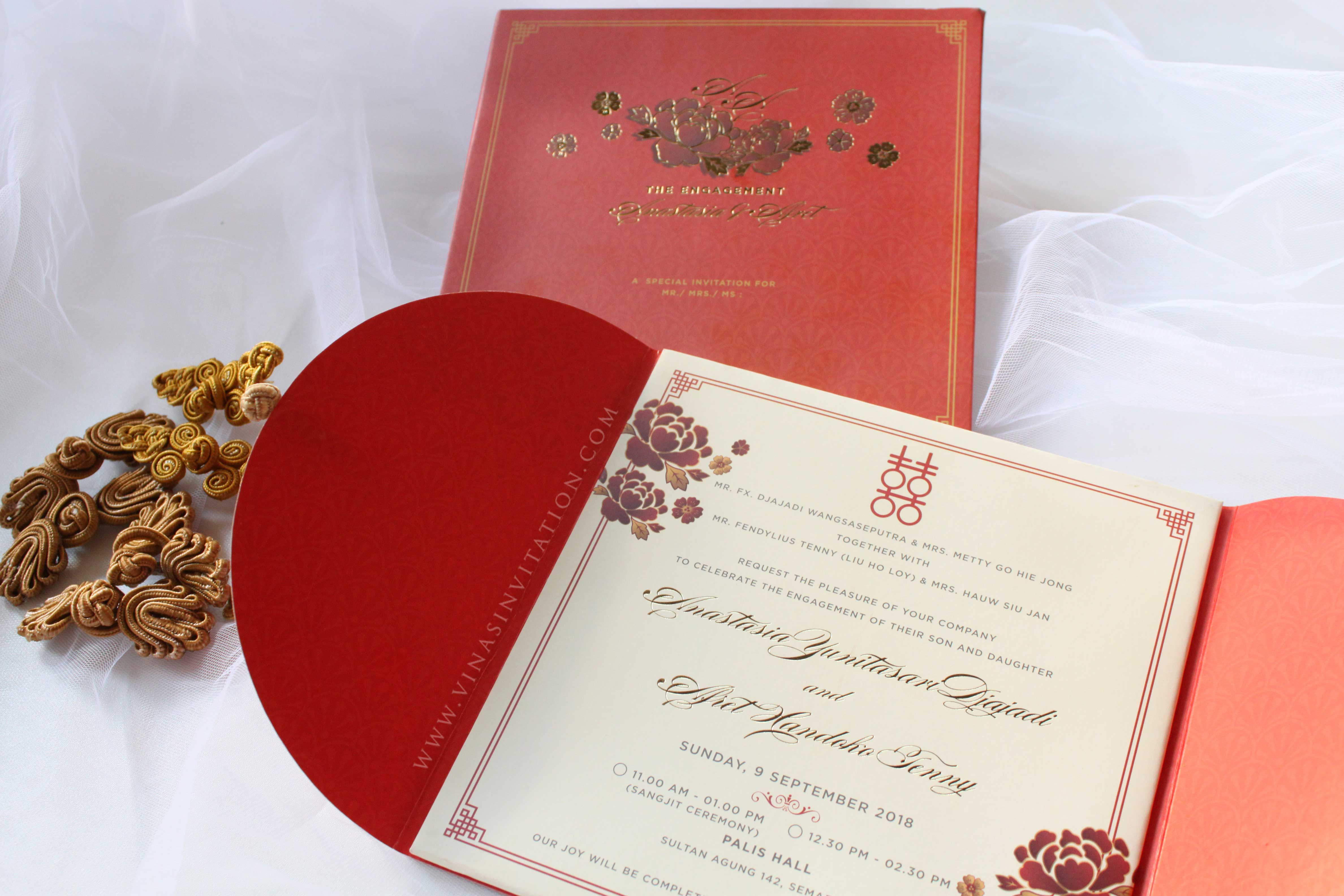 Vinas Invitation | Wedding Invitations in Surabaya | Bridestory.com