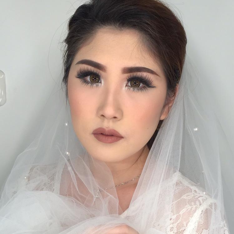 Vt Makeup Artist By Veronikatani Wedding Hair In Bekasi Bridestory Com