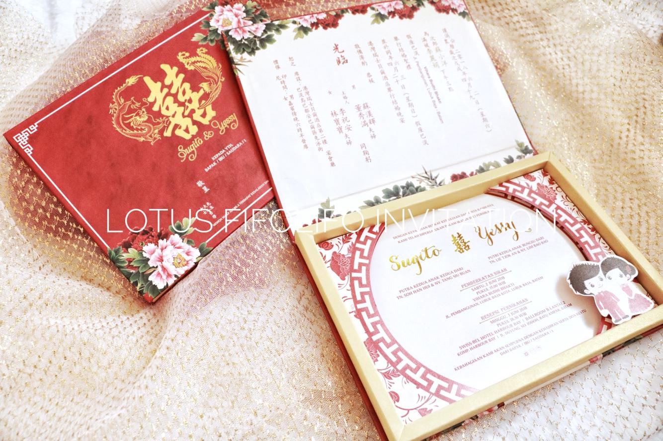 Lotus Fifolifo Invitation | Wedding Invitations in Surabaya ...