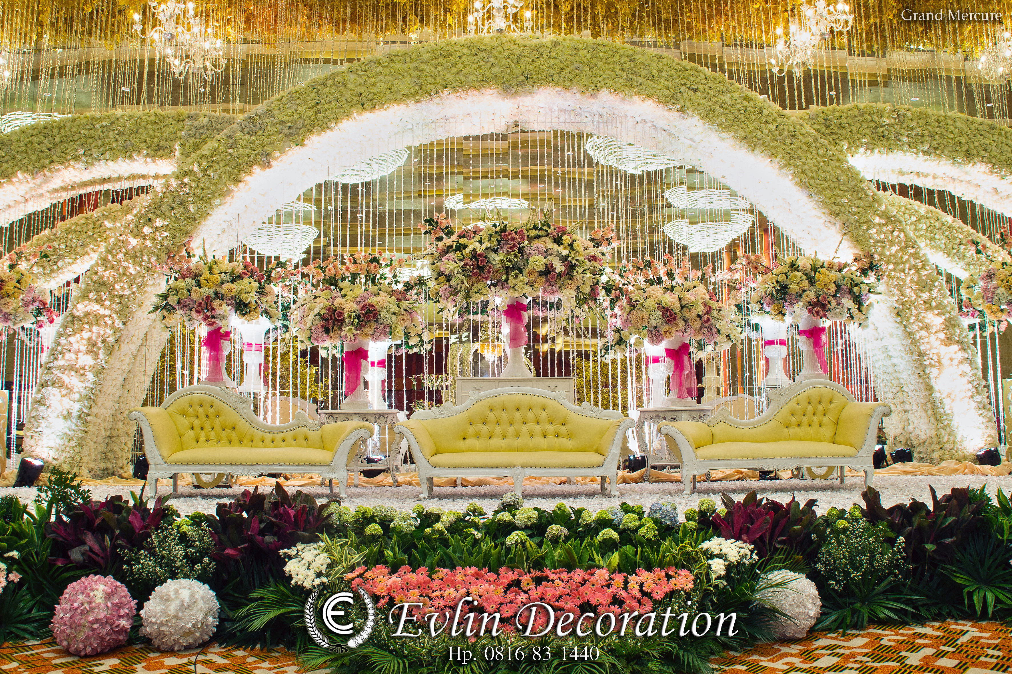 Nona manis creative planner wedding decoration lighting in nona manis creative planner wedding decoration lighting in jakarta bridestory junglespirit Choice Image