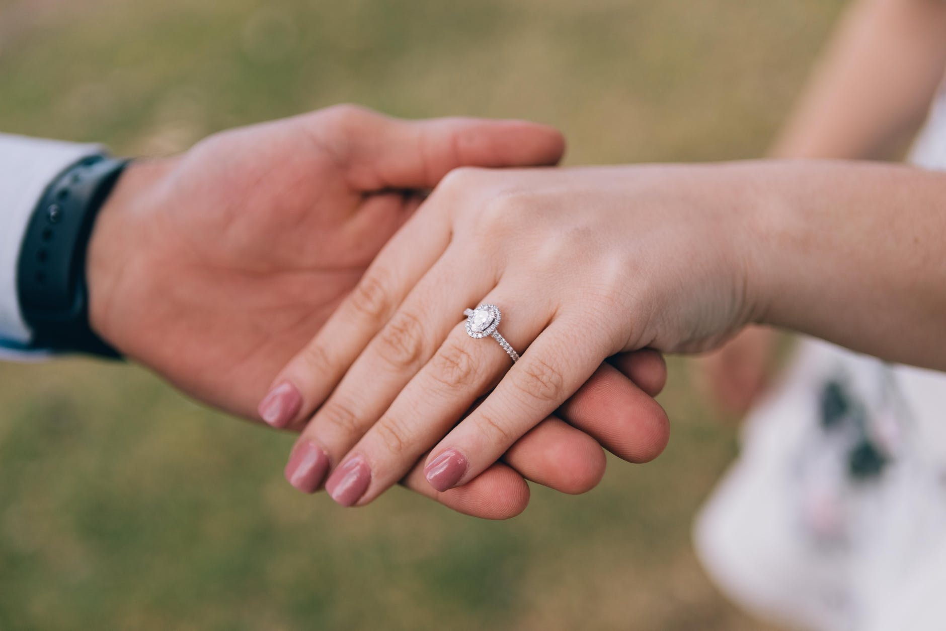18 Romantic And Unique Wedding Proposal Ideas For Every Couple Bridestory Blog