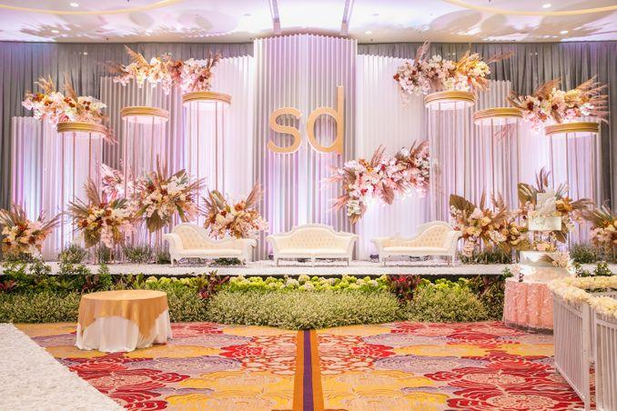 12 Paket Ballroom Pernikahan Terbaru di Jakarta dan Bandung Image 7