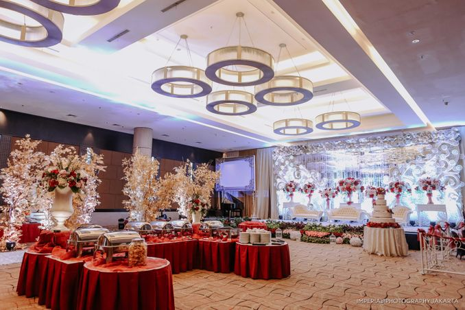12 Paket Ballroom Pernikahan Terbaru di Jakarta dan Bandung Image 9