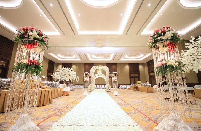 12 Paket Ballroom Pernikahan Terbaru di Jakarta dan Bandung Image 10