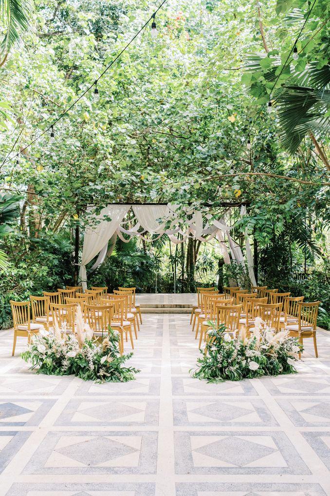 15 Rekomendasi Tempat Pernikahan Outdoor di Bali dengan Pemandangan Terbaik Image 2