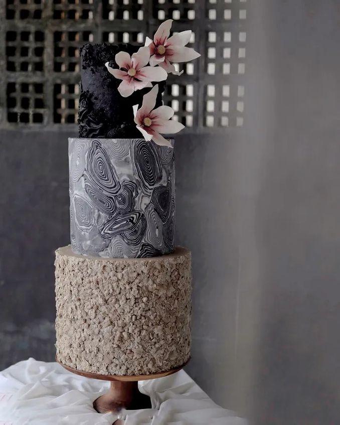 12 Inspirasi Kue Pengantin Istimewa untuk Pernikahan Intimate Image 3
