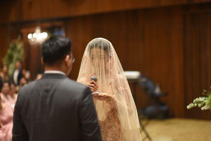 Checklist Foto Pernikahan: Momen Bersama Pasangan Image 4