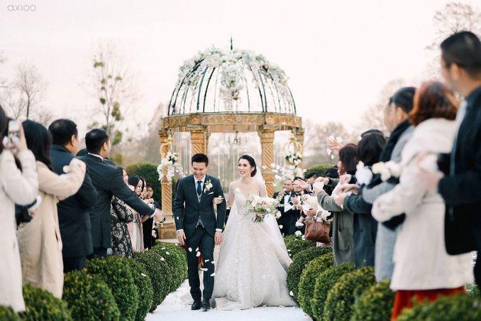 Checklist Foto Pernikahan: Momen Bersama Pasangan Image 8