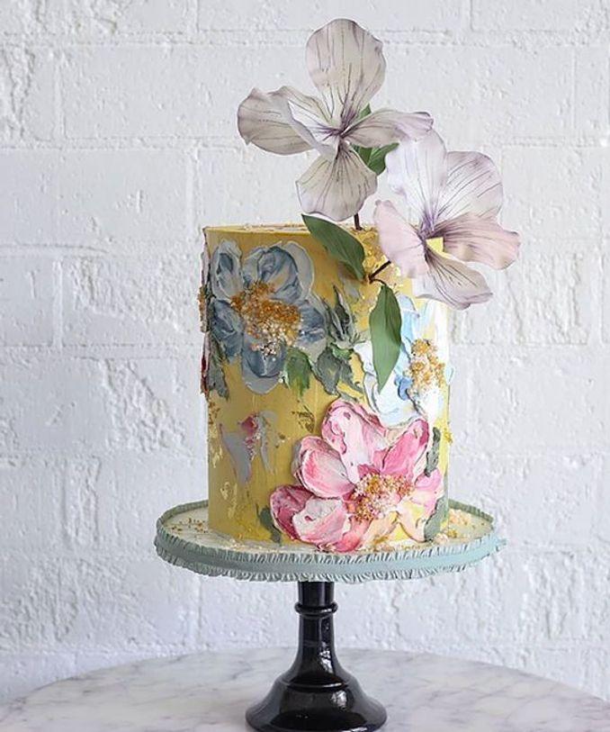12 Inspirasi Kue Pengantin Istimewa untuk Pernikahan Intimate Image 10