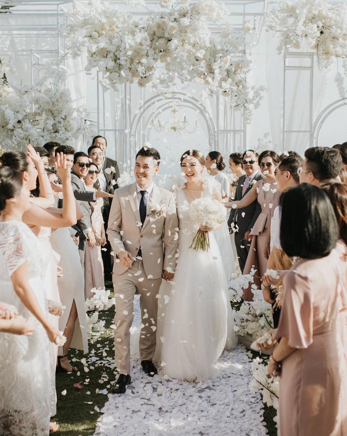 Daftar Wedding Organizer, Dekorasi, Katering, dan Venue Pernikahan Paling Dicari - Bridestory Online Wedding Fair Image 1