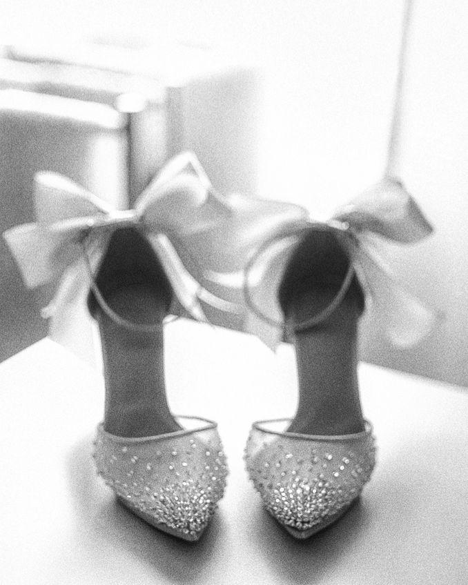 Tips Memilih Sepatu Pernikahan yang Ideal Image 1