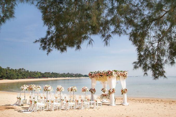 Paket Pernikahan Hotel Mewah Terbaik 2021 - Bridestory Online Wedding Fair Image 6