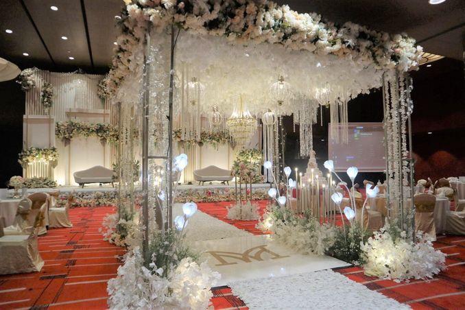 Paket Pernikahan Hotel Mewah Terbaik 2021 - Bridestory Online Wedding Fair Image 2