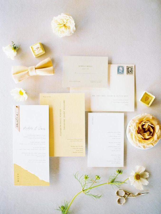 Tren Pernikahan 2021: Inspirasi Undangan Pernikahan, Dekorasi, dan Kue Pengantin Image 2