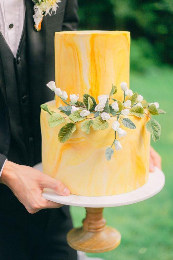 Tren Pernikahan 2021: Inspirasi Undangan Pernikahan, Dekorasi, dan Kue Pengantin Image 13