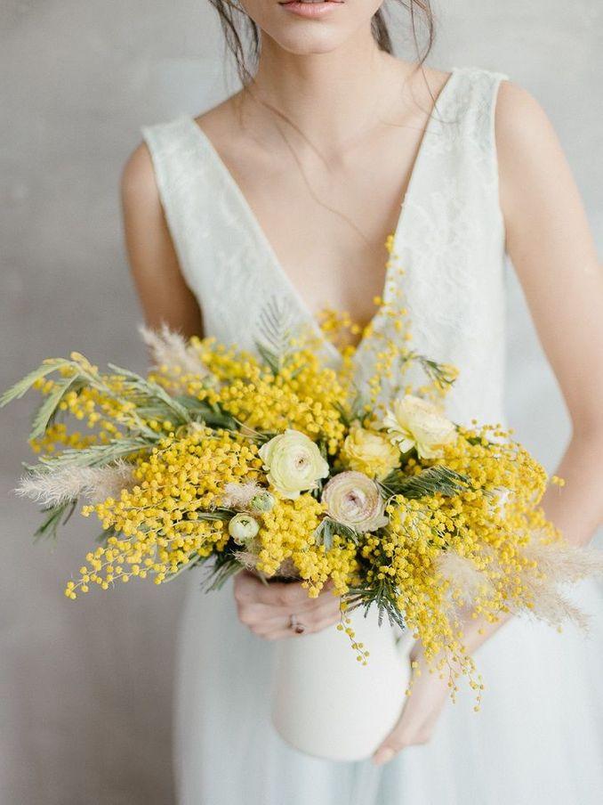 Tren Pernikahan 2021: Inspirasi Undangan Pernikahan, Dekorasi, dan Kue Pengantin Image 19