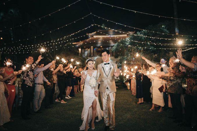 Checklist Foto Pernikahan: Momen Bersama Pasangan Image 14