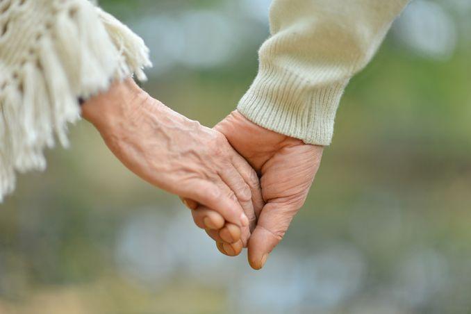 7 Tahap Kehidupan Pasangan Menikah Image 1