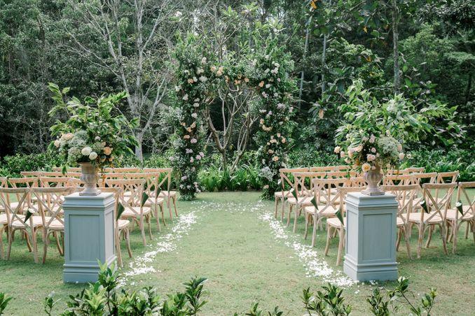 15 Rekomendasi Tempat Pernikahan Outdoor di Bali dengan Pemandangan Terbaik Image 6