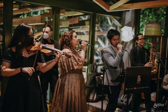 Direktori Fotografer Pernikahan & Vendor Pernikahan Lainnya untuk Melengkapi Hari Bahagia Anda - Bridestory Online Wedding Fair Image 11
