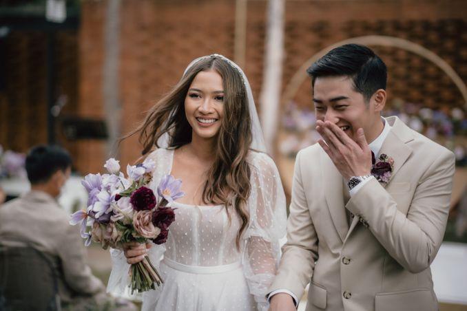 Bridestory Unveiled The Podcast: Warna Dekorasi Pernikahan yang Bagus dan Tips dari Ahlinya Image 9