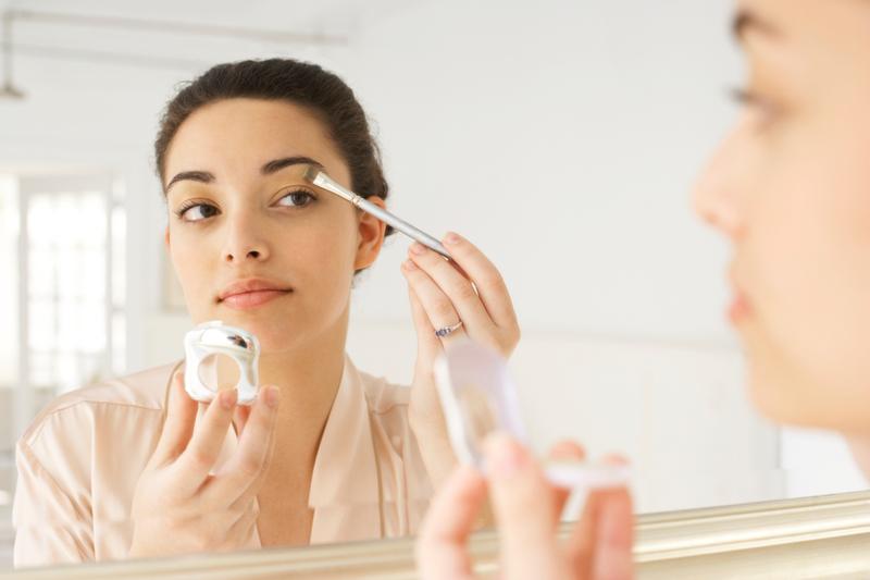 Diy Wedding Makeup Or Professional : DIY Wedding Makeup, Why Not? - Bridestory Blog
