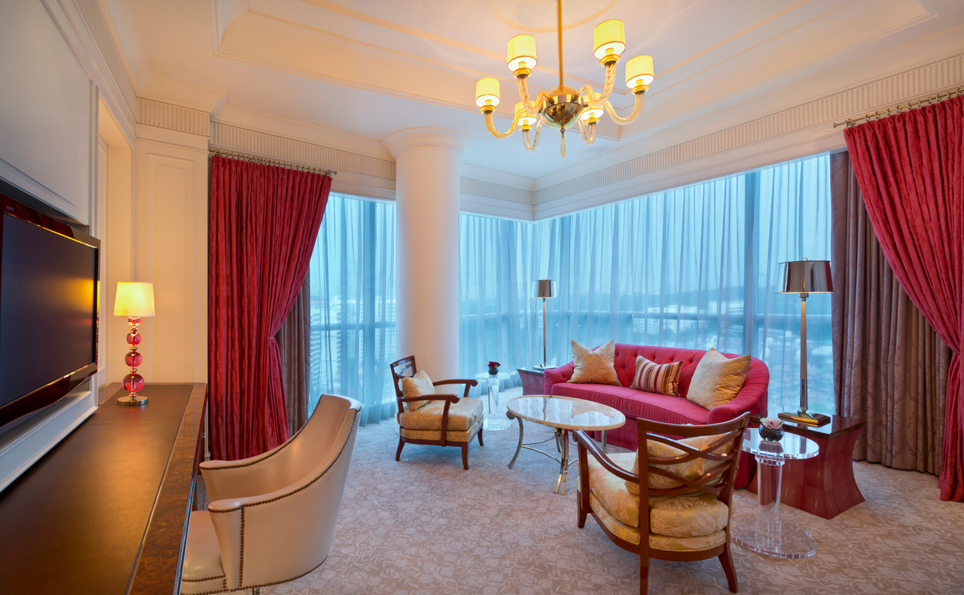 7 hotel suites ideal for a hens party - Bridestory Blog