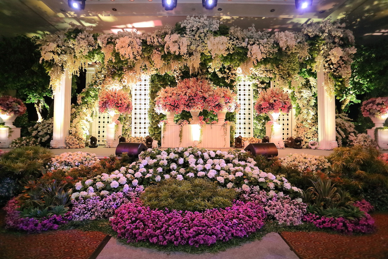 5 top wedding decorators in surabaya bridestory blog