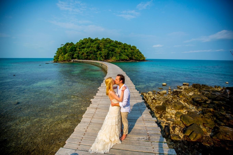 Teal Beach Wedding Island
