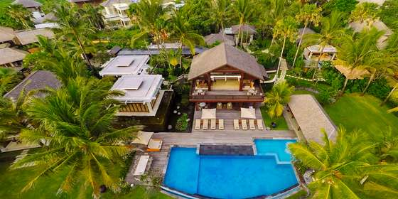 2.-villa-semarapura-aerial-high-left-side-of-the-garden-HymEl5SDD.jpg