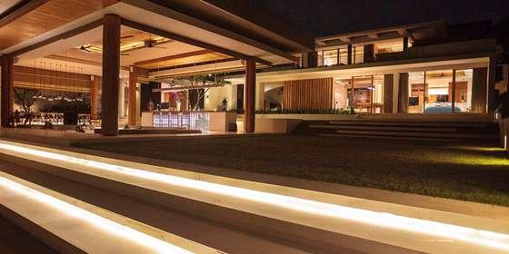 40.-the-iman-villa-night-scene-HJNvOhSvv.jpg