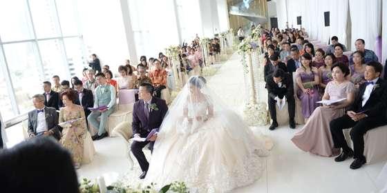 blessing-ceremony-at-gallery-3-Bka2ANgtI.jpg