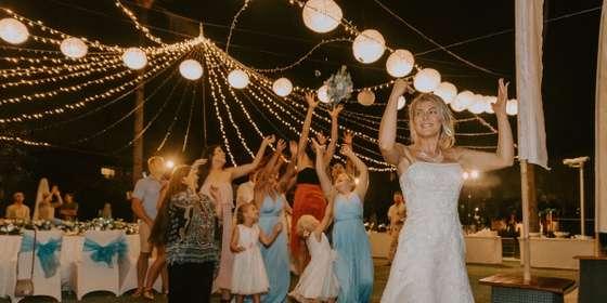 chloe-_-joshua-the-wedding-105-wm-wm-Sy0Mqef88.jpg