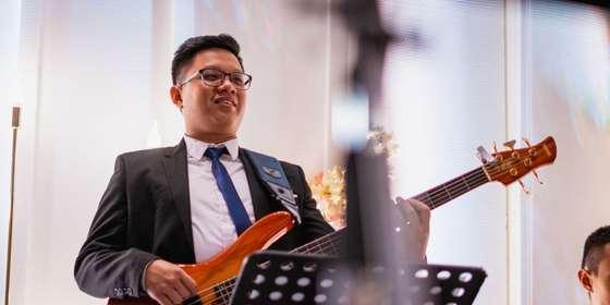 cresenza-music-entertainment_the-wedding-of-liman-yofine_2-r14Ti8mVI.jpg
